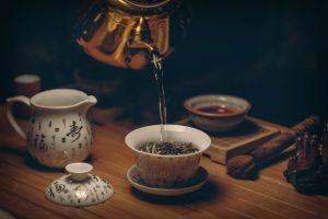 faire du thé à la turque