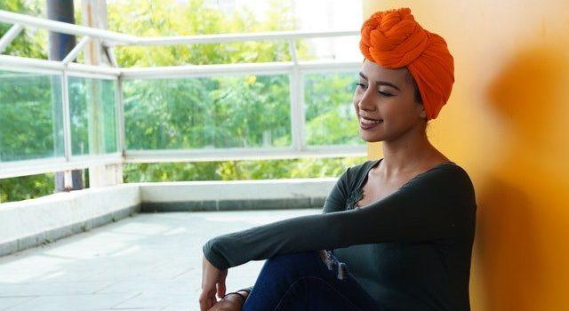 Comment accessoiriser un style bohème avec turban ?
